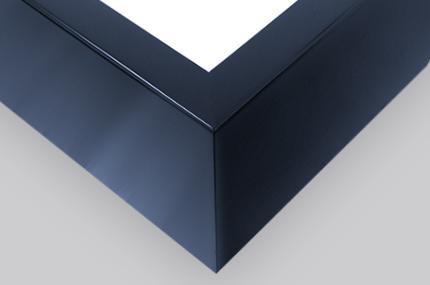 Schwarz Blau