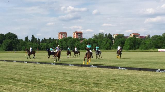 Elite-au-Polo-Club-Milano-24mai2015 terrain2